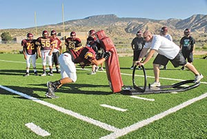Football Preview Tohatchi Focuses On Offense With Triple