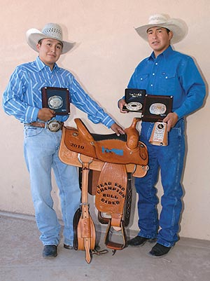 Bull Riding Brothers Share Victory At Turquoise Circuit