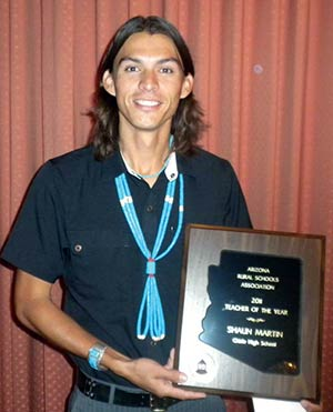 Reporters Notebook Chinle Coach Is Rural Teacher Of Year Navajo