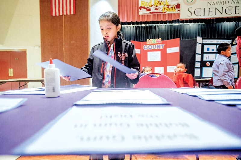 Young Scientists Engineers Compete At Nn Science Fair Navajo Times