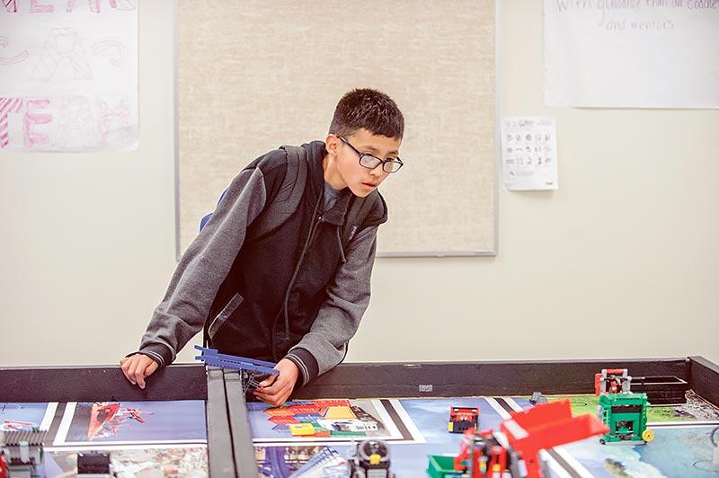 Ganado students build robots as part of STEM curriculum