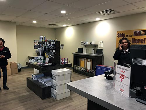 In Chinle, 1-Stop fills many needs