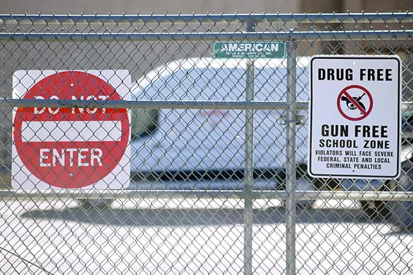Piñon students suspended for gun violence protest