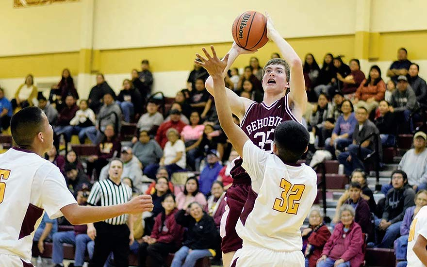 Rehoboth outlasts Tohatchi