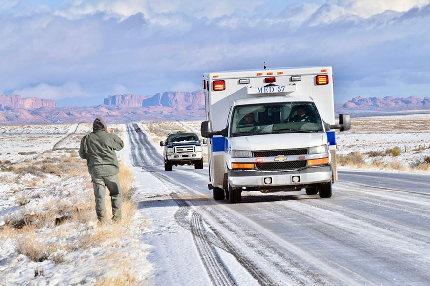 Kayenta police officer uninjured in rollover