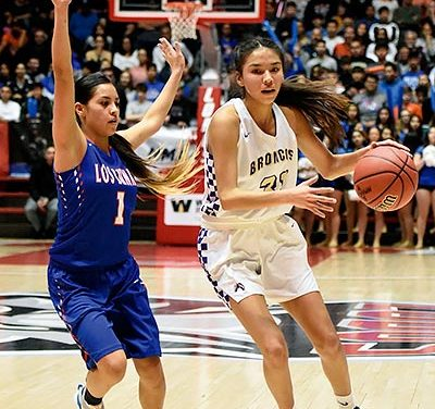 Los Lunas outduels Kirtland Central in 4A final