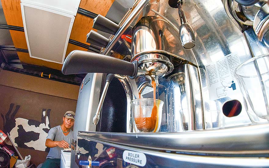 Goodbye, coffee desert! Monument Coffee is on the scene