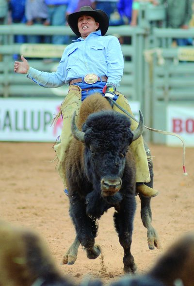 Baited into buffalo ride, Begay takes the purse