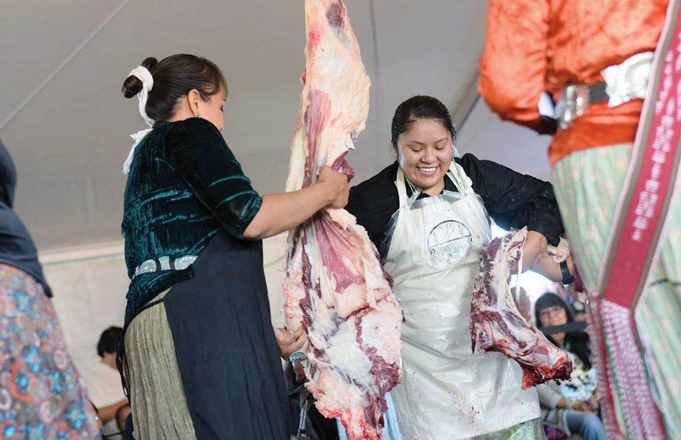 Former Misses Navajo help contestants in butchering contest