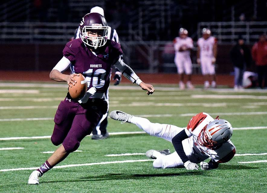 Ganado starts great, hangs on to beat MV