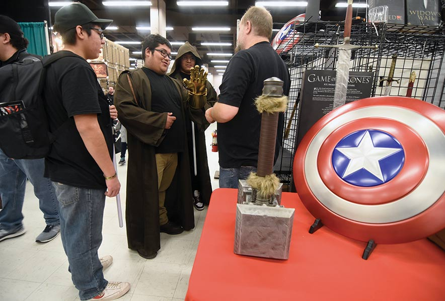 'Let your kids dream and believe':   IndigiNerds swarm ABQ Comic Con