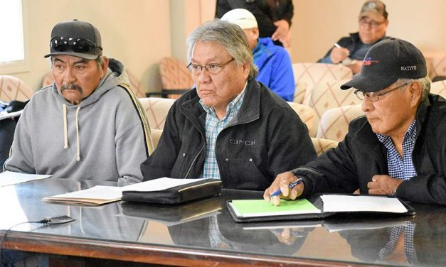 Navajo opposes U.S. relo office closure, citing unfulfilled promises