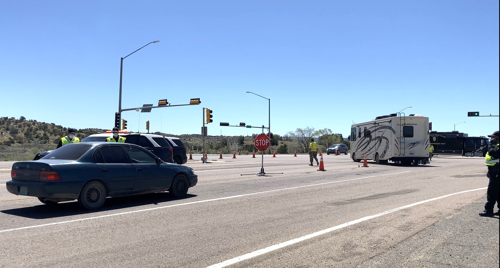 Police send travelers on lengthy detour to avoid Gallup ...