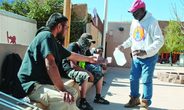 Homeless in border town getting by, livin'