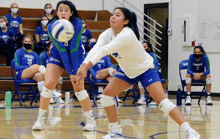 'Eyes and ears on court': Diné libero signs with U of A with coach's blessing