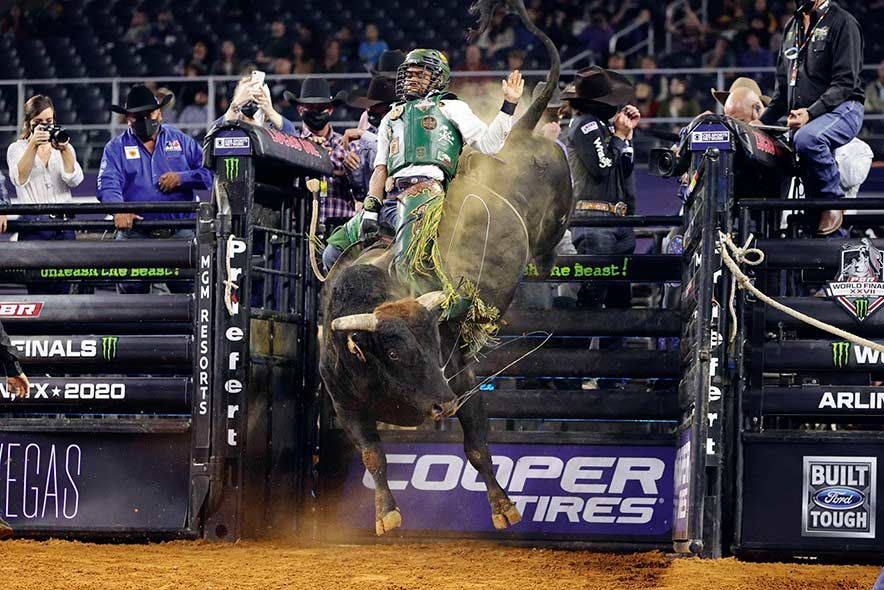 Whitehorse caps PBR with 3 90-point rides