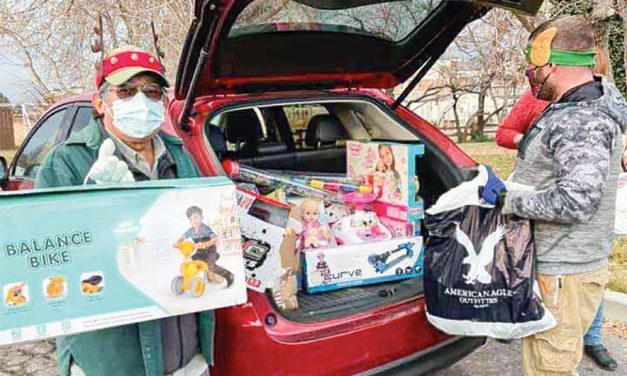 NavajoStrong blooms into statewide relief effort