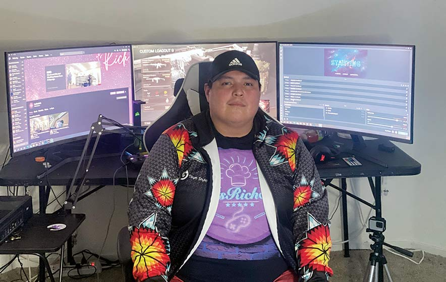 Las Vegas chef leads double life as popular online gamer