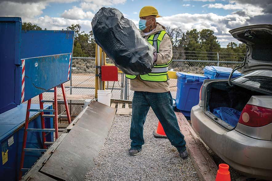 Bááháálí, Chichiltah collaborate to take on solid waste, recycling
