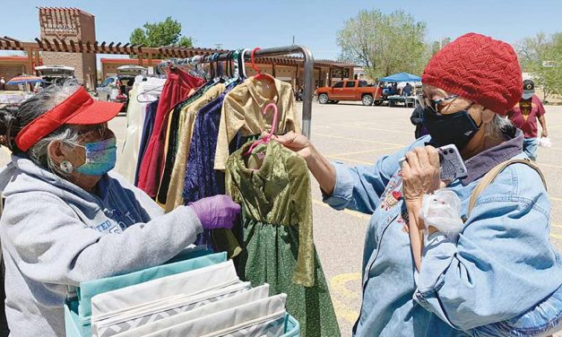 Welcome back to the flea market! Nation gives the green light to roadside vendors