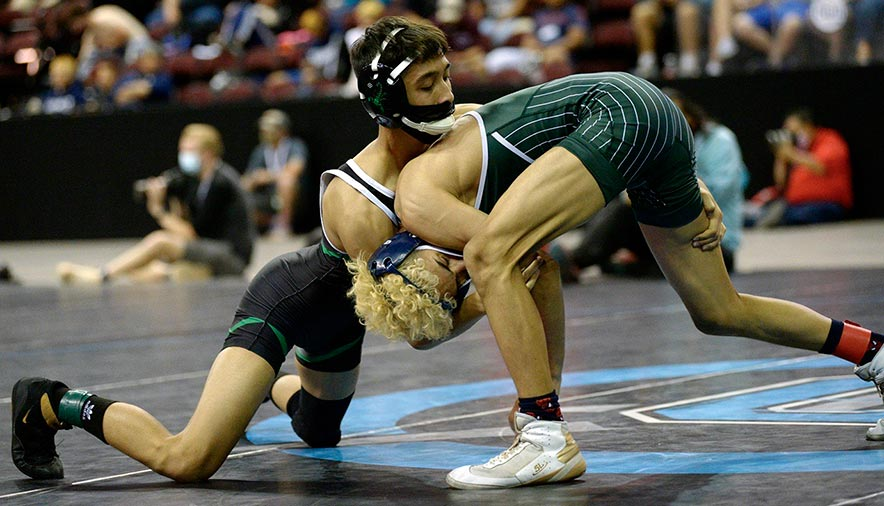 'A battle well fought': Farmington, seeded third, wins 5A state wrestling title