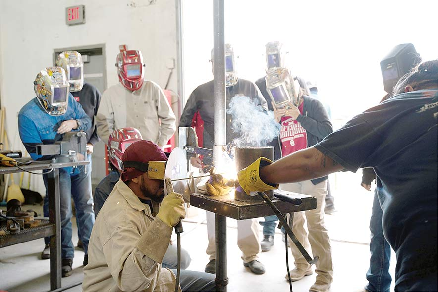 Mixed teaching shows success for NTU welding program